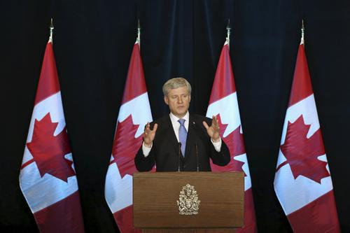 Thủ tướng Canada Stephen Harper trong cuộc họp báo về TPP hôm qua. Ảnh: Reuters