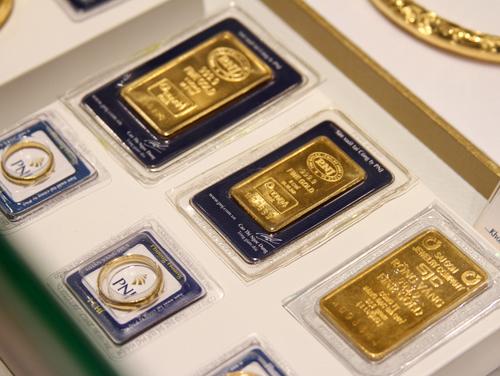 Giá vàng SJC giảm, đôla tăng nhẹ 1