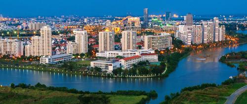 Phát triển trong cơ cấu bảo vệ môi trường, chủ đầu tư Phú Mỹ Hưng tạo nên nhiều công trình nhà ở hài hòa giữa kiến trúc và cảnh quan đặc trưng miền sông nước phương Nam.