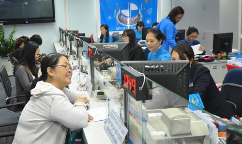 eximbank-chun-bi-thoai-von-khoi-sacombank