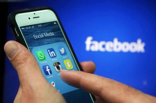 Cổ phiếu Facebook lập kỷ lục