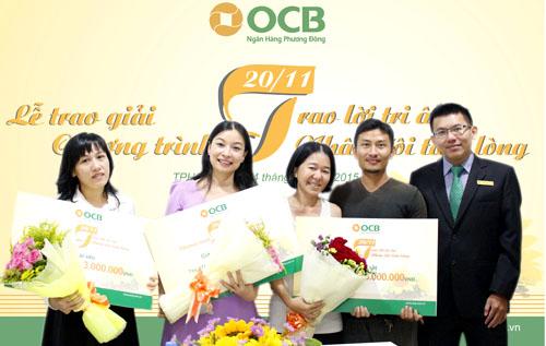 OCB trao thưởng cho các fan đạt giải tại khu vực TP.Hồ Chí Minh