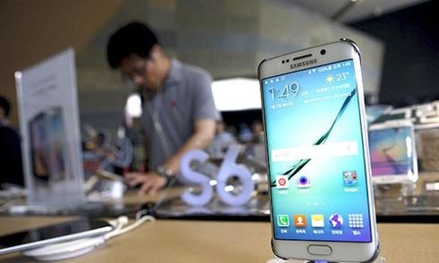 Lợi nhuận Samsung giảm gần 40%