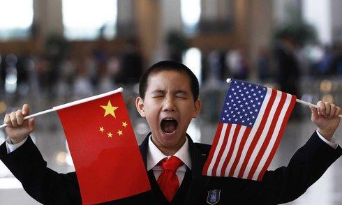 Trung Quốc hụt hơi trong cuộc đua giành ngôi vương với Mỹ
