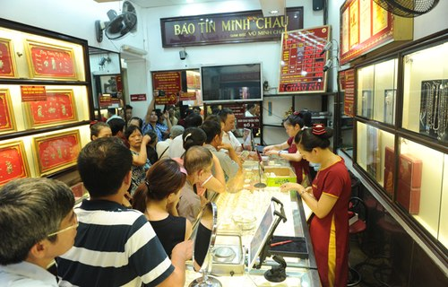 Bảo Tín Minh Châu bác tin đồn sa thải 100 nhân viên trước Tết