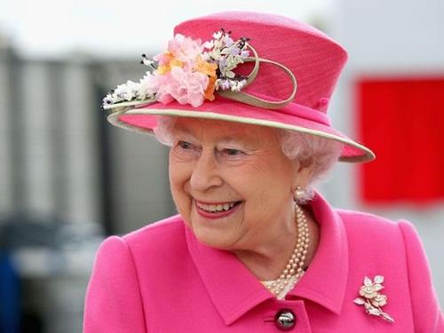 queen-3656-1461233333.jpg