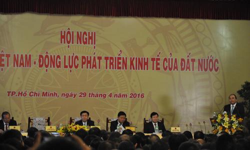 thu-tuong-dang-doi-thoai-voi-cong-dong-doanh-nghiep-2