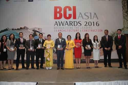 Top 10 chủ đầu tư hàng đầu năm 2016 nhận kỷ niệm chương