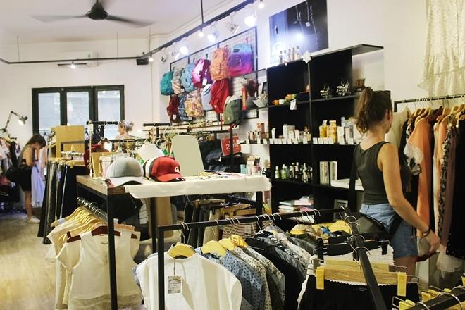 Chung cư cũ Sài Gòn hút khách thuê kinh doanh