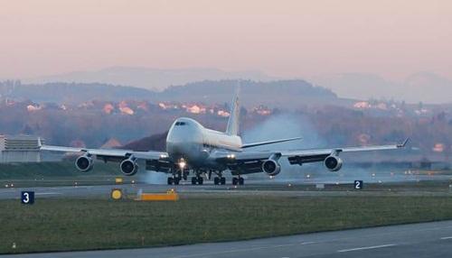 dau-cham-het-cho-bieu-tuong-boeing-747