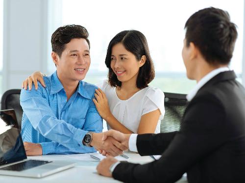 Người mua bảo hiểm nên khai đúng và đủ thông tin.