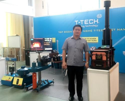 Tiến sĩ Nguyễn Đình Trọng - tác giả của Lò cắn rác rến T-TECH, Chủ ngoẻo T-TECH Việt Nam.