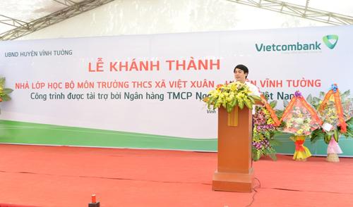 TS Nghiêm Xuân Thành Chủ ngoẻo HĐQT Vietcombank phát biểu tại lỡi khánh vách