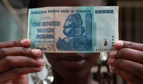 Tiền mới của Zimbabwe gợi nhớ thời lạm phát 500.000.000.000%