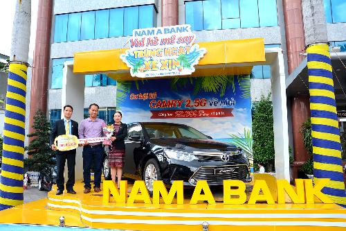 Nam A Bank trao ôtô 1,3 tỷ đồng cho khách hàng