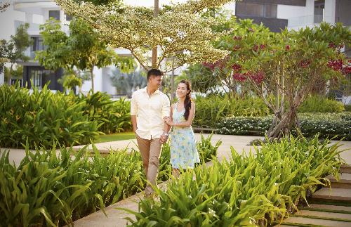 Mảng xanh trong lành bao phủ đến 65% diện tích dự án. Hotline: 0941 49 6868 - 090 880 7717 hoặc website: www.lucasta.com.vn