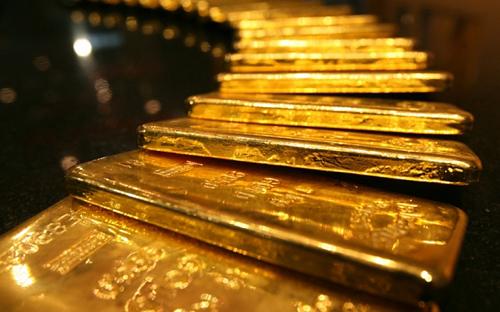 Giá vàng sụt giảm mạnh vì đồng đôla