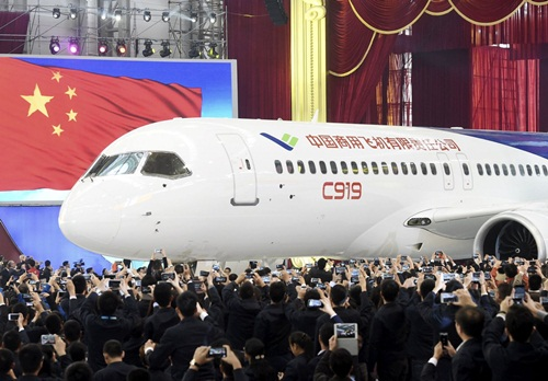 may-bay-trung-quoc-tham-vong-thach-thuc-boeing-airbus