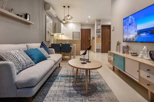 Không gian sang trọng và đẳng cấp trong căn hộ HaDo Centrosa Garden. Hotline: 1800 2018 (miễn phí). Website