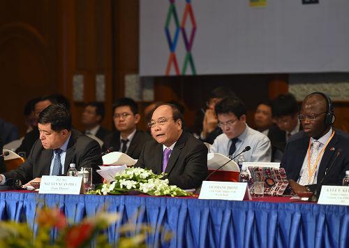 Thủ tướng: Việt Nam không phải nơi chuyển giá, trốn trách nhiệm môi trường