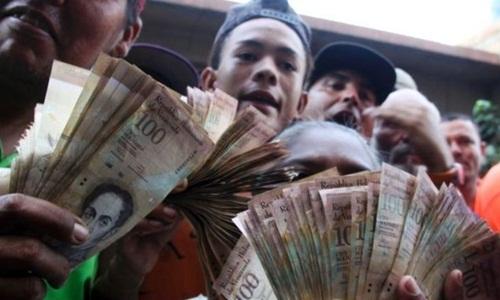 venezuela-hon-loan-vi-doi-tien