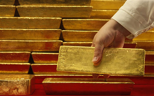 Giá vàng thế giới lên đỉnh 3 thág
