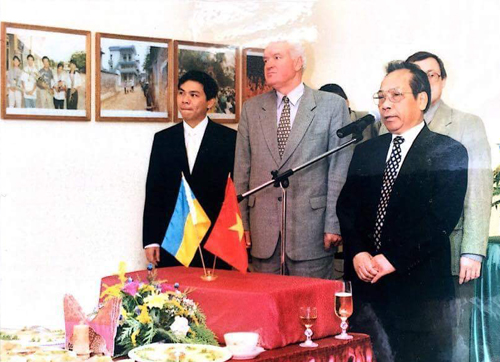 Pham-nhat-vuong-ukr-5826-1487064840 Tỷ phú Phạm Nhật Vượng đã làm gì? ở đâu? khi khởi nghiệp