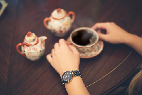 cung-queen-watch-chao-8-3