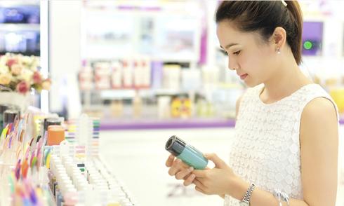Phụ nữ Việt chi hàng tỷ đôla cho mỹ phẩm nhập khẩu