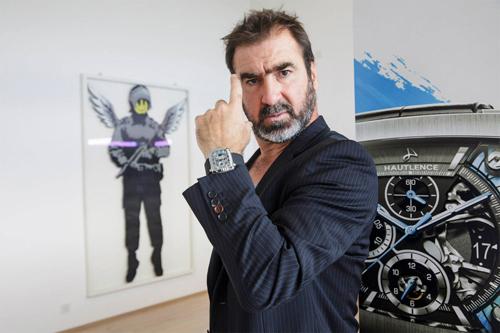 Huyền thoại bóng đá Eric Cantona là đại sứ thương hiệu của Hautlence.