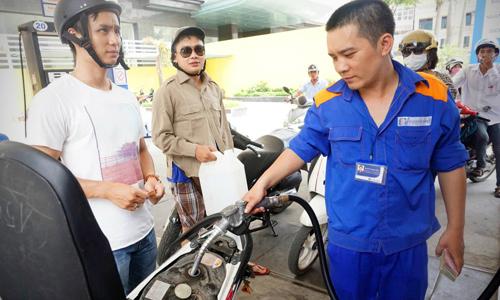 Giá xăng, dầu tăng từ 15h