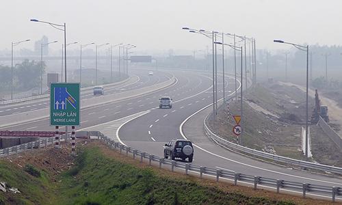 Thu 5,5 tỷ đồng mỗi ngày, chủ cao tốc Hà Nội - Hải Phòng không đủ trả lãi