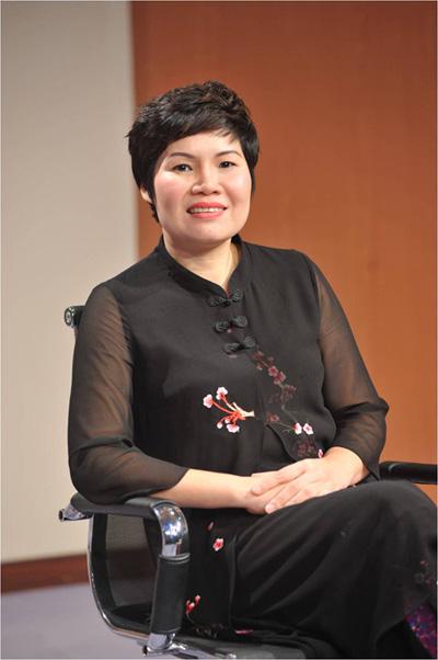 Bà Vũ Thị Mai Tổng Giám đốc Công ty Đồ gỗ Mỹ nghệ Hướng Mai