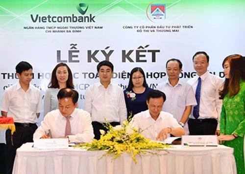 vietcombank-ba-dinh-tai-tro-tin-dung-250-ty-dong-cho-tudi