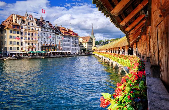 Cuộc sống xa xỉ của con nhà giàu Thụy Sĩ