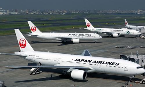 japan-airlines-bat-tay-vietjet
