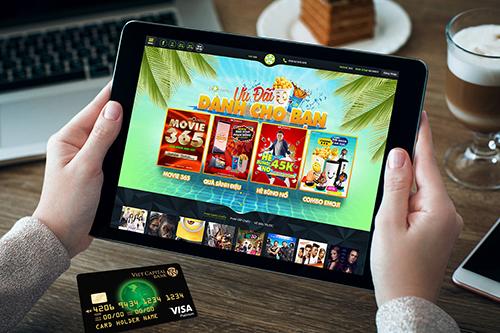 Để biết thêm thông tin chi tiết, khách hàng có thể truy cập website https://card.vietcapitalbank.com.vn/rewardspromotion hoặc liên hệ Hotline 1800 555 599