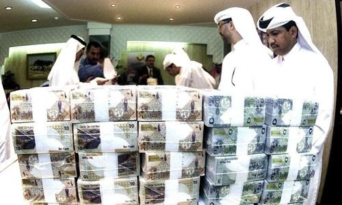 Qatar mất hơn 10 tỷ USD trong tháng 6