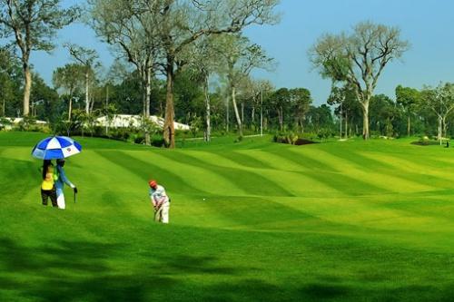 novaland-chi-gan-800-ty-dong-mua-cong-ty-kinh-doanh-san-golf