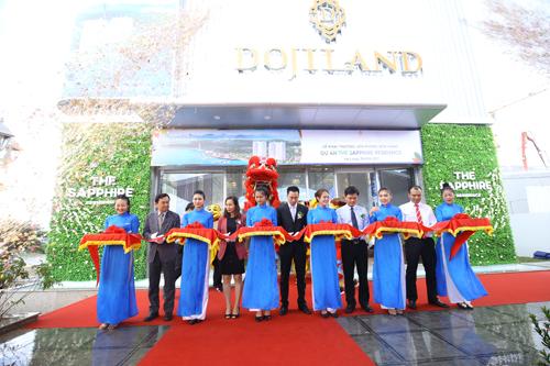dojiland-khai-truong-van-phong-ban-hang-du-an-the-sapphire-residence