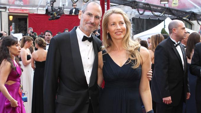 Khối tài sản khổng lồ của vợ Steve Jobs