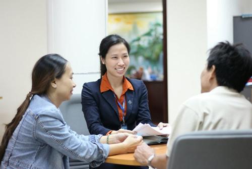 Mọi thông tin chi tiết, khách hàng vui lòng truy cập: - Website: www.sacombank.com.vn; - Hotline 24/7: 1900 5555 88; - Email: ask@sacombank.com.