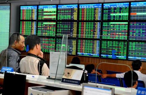 Bốn cú hích cho thị trường chứng khoán