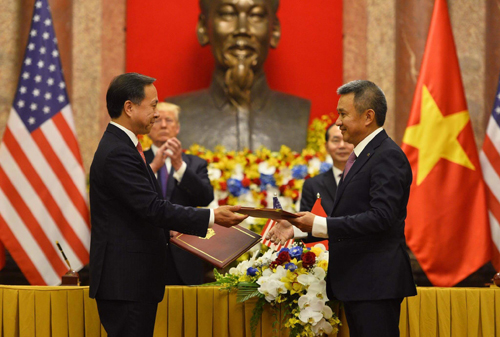 vietnam-airlines-ky-ket-thoa-thuan-ty-usd-nhan-chuyen-tham-cua-trump