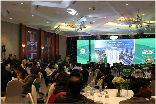 Gần 100 giao dịch thành công tại lễ mở bán Green Pearl