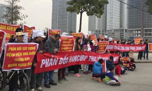 Cư dân phản đối xây bệnh viện trong khu đô thị Ngoại giao đoàn