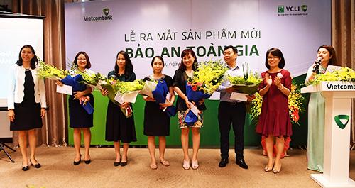 Bảo hiểm nhân thọ Vietcombank - Cardif đạt doanh thu 272 tỷ - ảnh 1