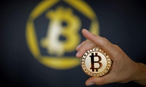Lãnh đạo Chính phủ yêu cầu các Bộ sớm báo cáo phương án quản lý Bitcoin tại Việt Nam. Ảnh: Reuters