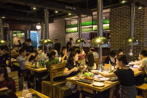 Cơn lốc phát triển 68 nhà hàng của thương hiệu thịt nướng Hàn Quốc(xin bài edit)