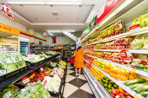 Hệ thống VinMart và VinMart+ hiện có quy mô 65 siêu thị và hơn 1.000 cửa hàng tiện lợi tại 26 tỉnh, thành phố.